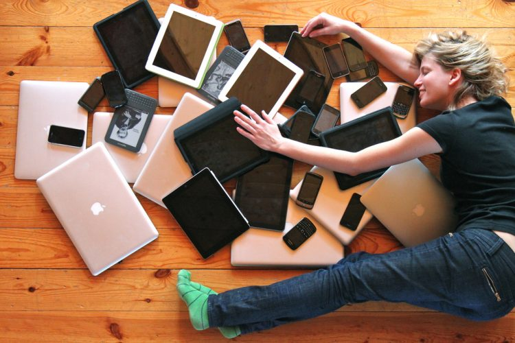 gadget addiction essay